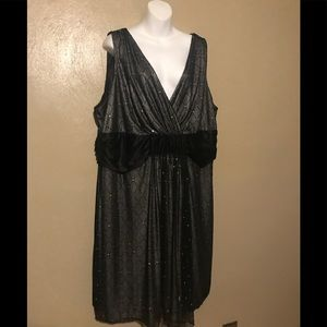Studio 1940 evening dress size 26W, polyester